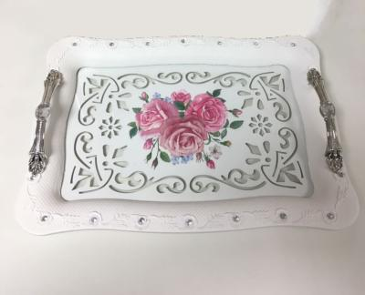 Plateau de service rectangle avec des motif roses